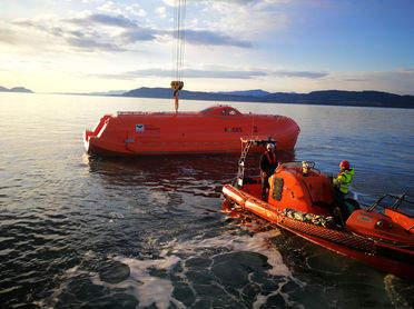 VIKING Norsafe E-GES lifeboat